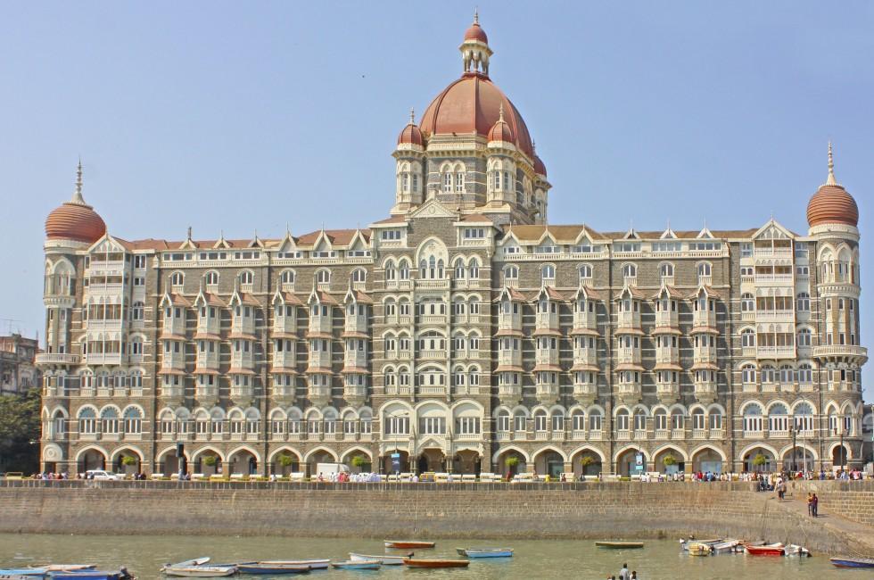 taj-mahal-palace-hotel-bombay-india_980x650